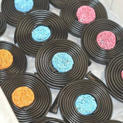 Liquorice Sweets  Candy crazy.co.uk catherine wheels 586 pekm500x480ekm 400x400
